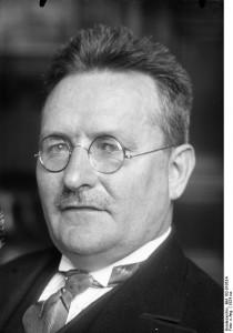 Paul Löbe 1924Bundesarchiv, Bild 102-01053A / CC-BY-SA 3.0